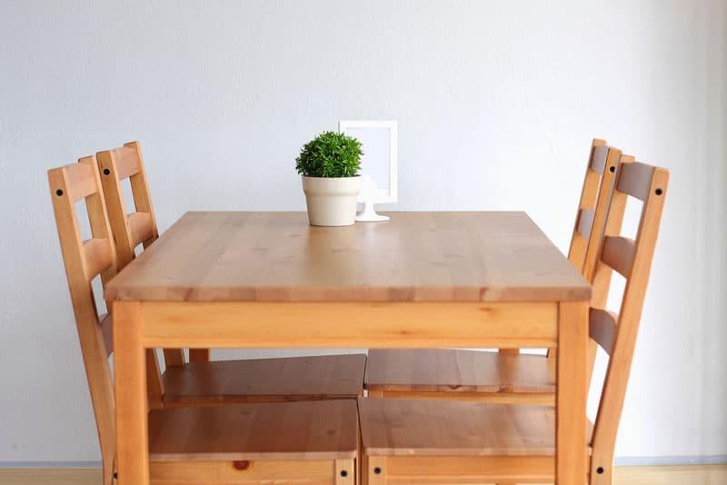 Esszimmertisch-Holz